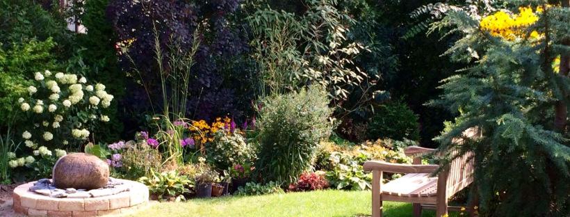 Brunnen, Miniteich, Vogeltränke: Wohin Wasser im Garten gehört